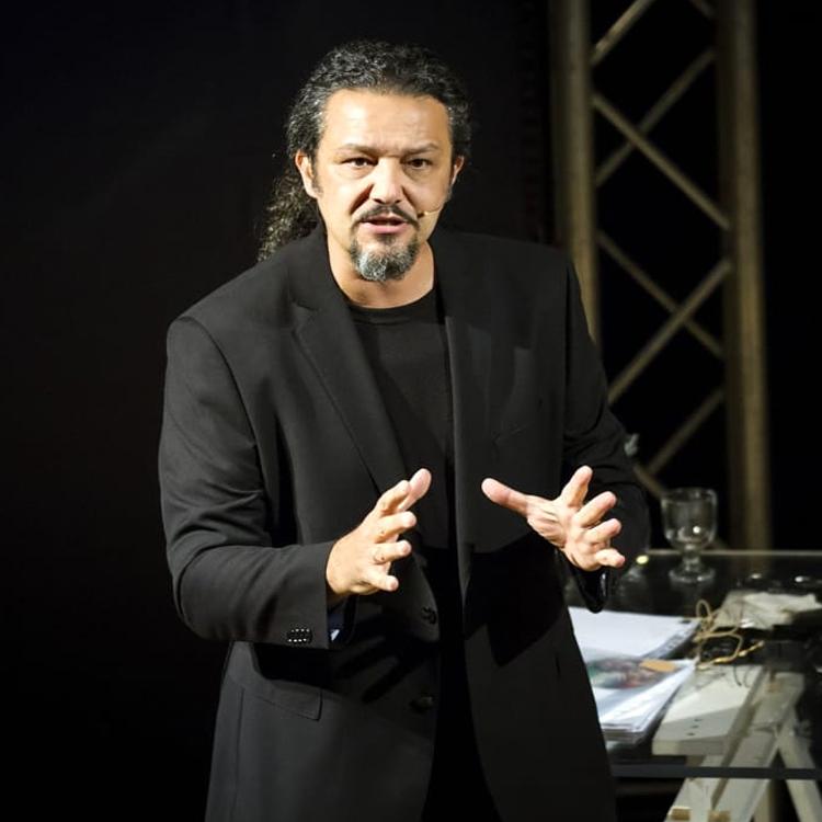 Fabrizio De Giovanni attore teatrale italiano